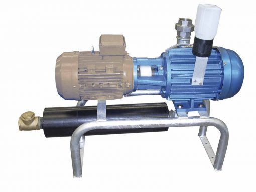Oil vacuum pump